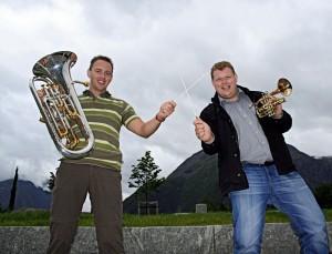 Nick og Rune under åpningshelga på Åndalsnes.